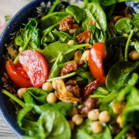 Mūsų pirmoji savaitė darželyje+avinžirnių salotų receptas