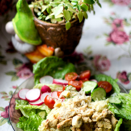 Vištienos ir kuskuso salotos