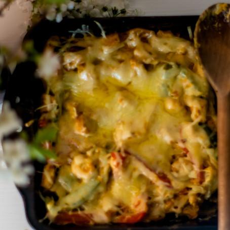 Vištienos troškinys su kreminiu sūriu ir paprikomis (keto/mažai angliavandenių)
