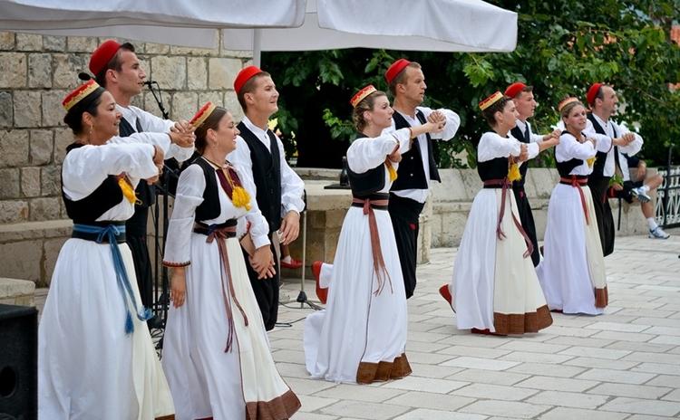 Cilipi Folklore