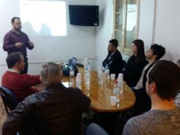 Finanças foi o tema abordado na palestra de Davi Johann, no Instituto PEDEES