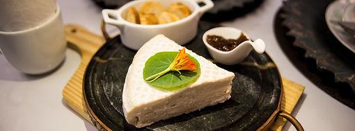 Queijo Brie com Damasco