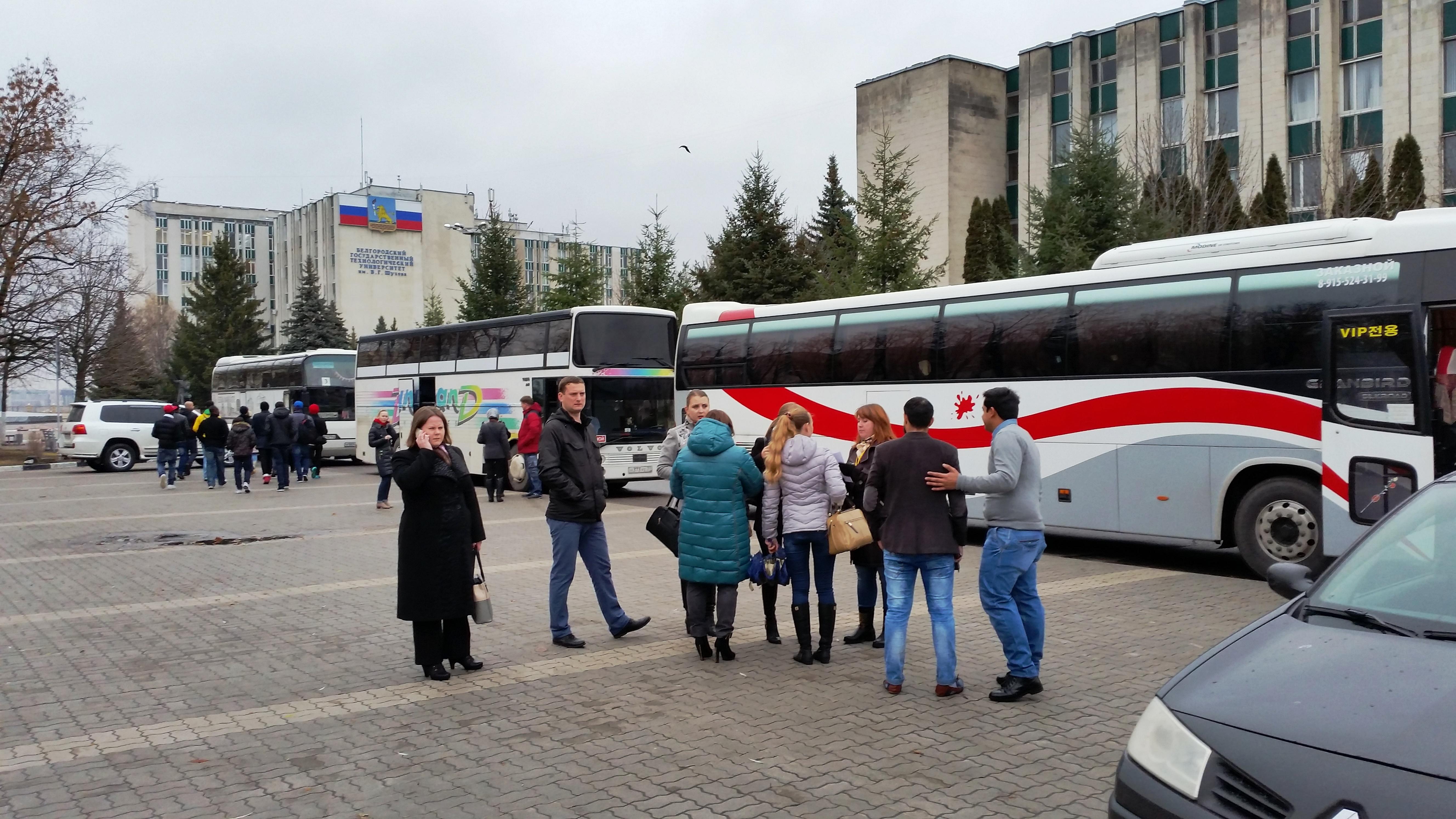 Экскурсия для 150 иностранцев
