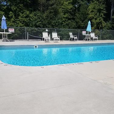 Barefoot Landing swimming pool