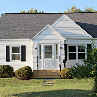 Exterior House Front.jpg