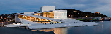 Oslo-Opera-House-by-night.jpg