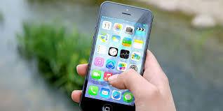 Adolescenti e dipendenza dal cellulare
