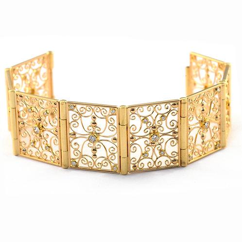 Filigree Bracelet with Diamonds in 18k Gold.