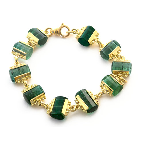 Green Tourmaline Bracelet in 18k Gold.