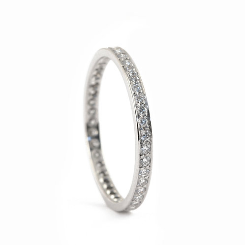 Eternity ring with Petite Fire