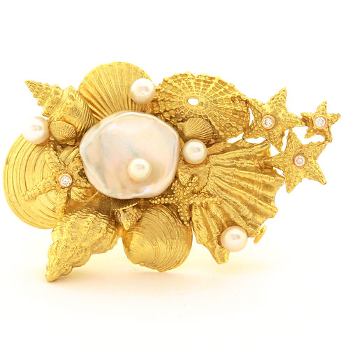Sealife Pin in 18k Gold with Freshwater Pearls, Akoya Pearls and Diamonds