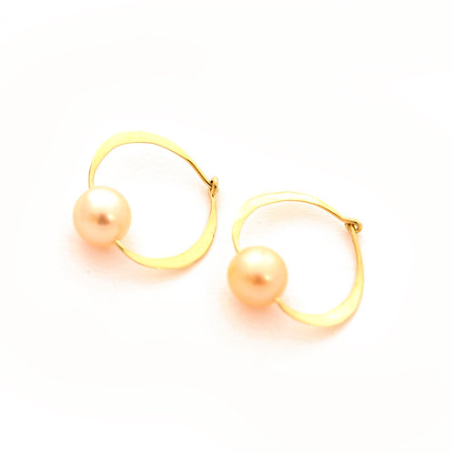 Hammered 18k Gold Hoops with Pearls.