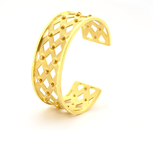 Lattice Cuff Bracelet in 18k Gold with Diamonds