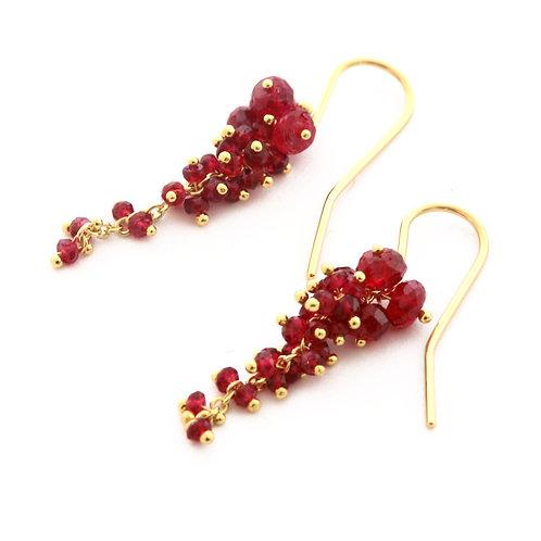 Red Grape Cluster Earrings in 18k Gold.