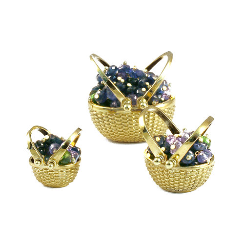 Small, Medium and Large Blueberry Picnic Baskets in 18k Gold.