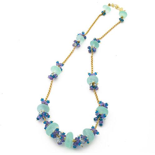 Chrysoprase, Aquamarine, Tanzanite and Apatite Necklace in 18k Gold.