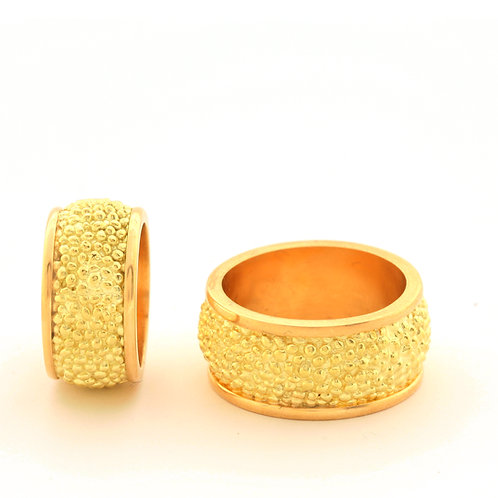 Cobblestone Rings in 18k Rose and Green Gold.