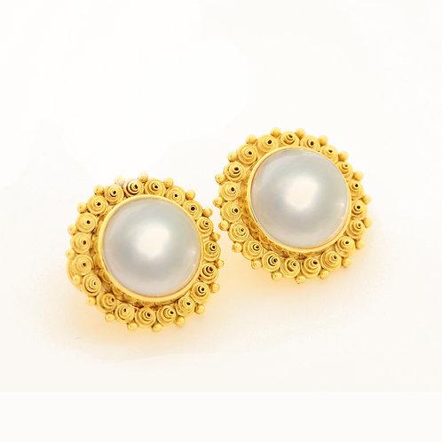 Gemmy Mabe Pearl Earrings in 18k Gold.