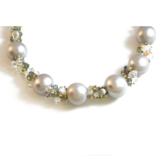 The Grey Lady's  Pearl and  Sapphire Necklace