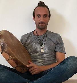 Alexandre Escarpit parcours soins chamanisme à nantes