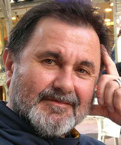 Biografía de Aurelio González Ovies
