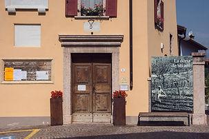 Entrata del museo La dòna de 'sti àni a Lasino