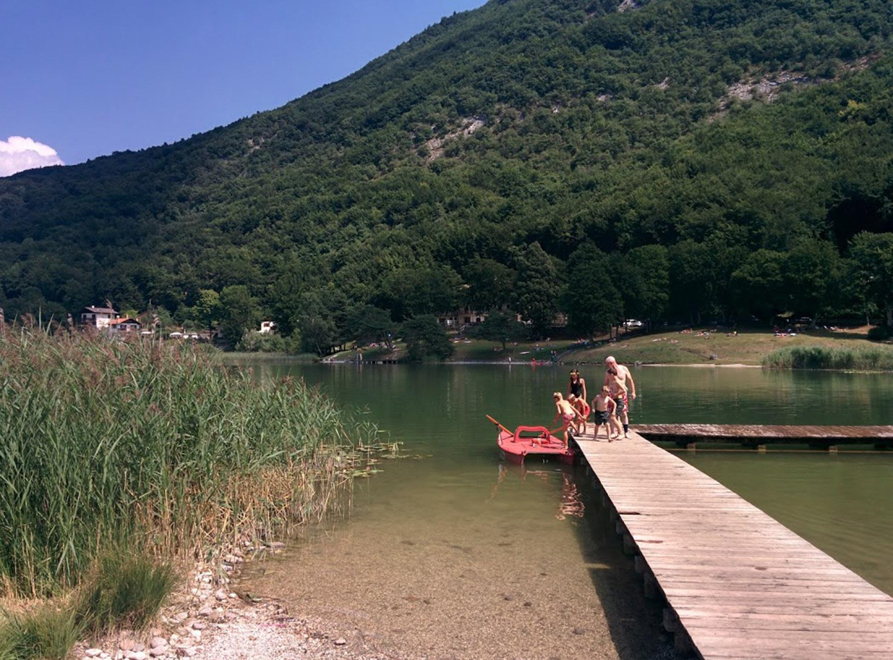 Il pontile del lago di Lagolo