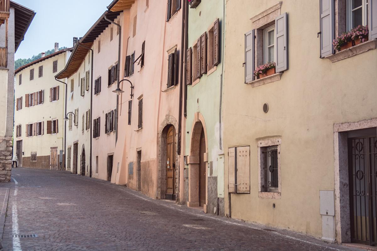 Via Roma di Vezzano