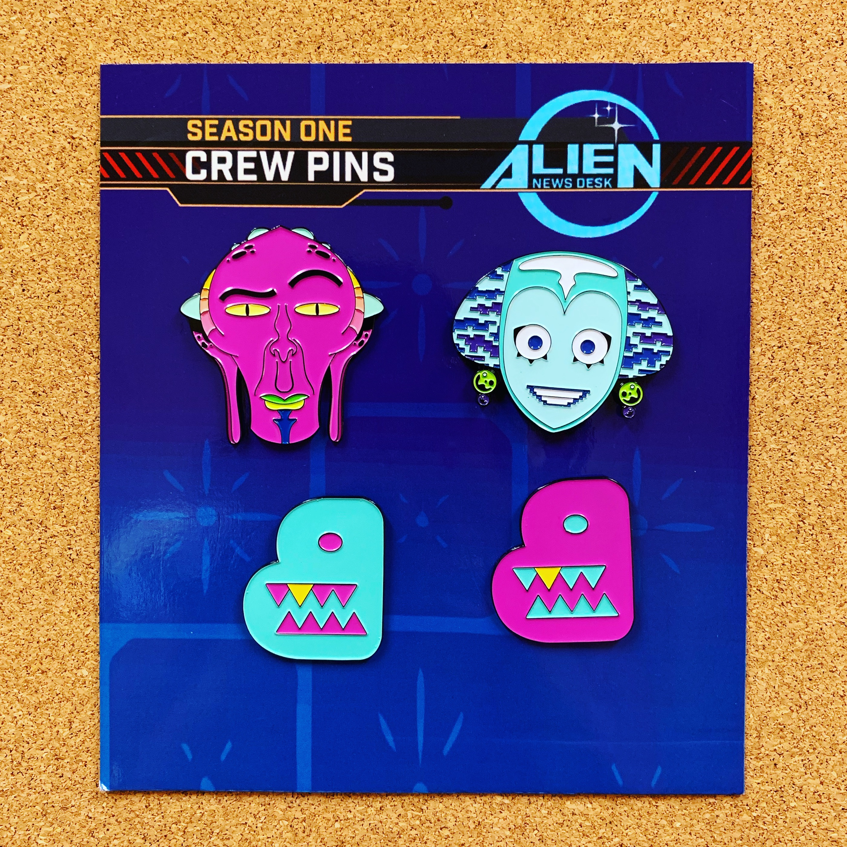 Alien Newsdesk x Bento pins