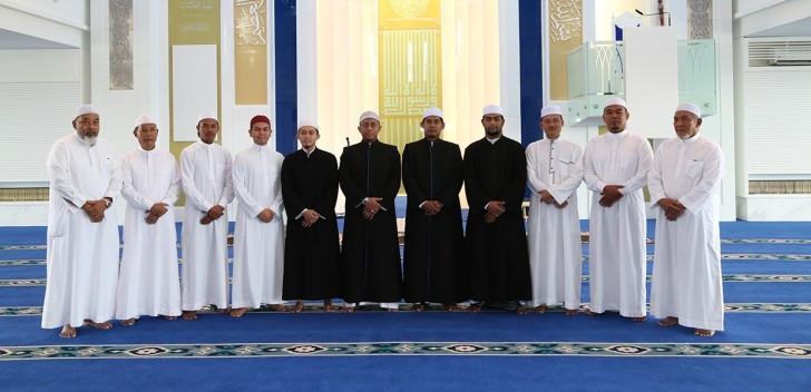 Staff of Masjid Puncak Alam