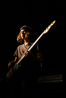Bass, The red Belmont - Chile