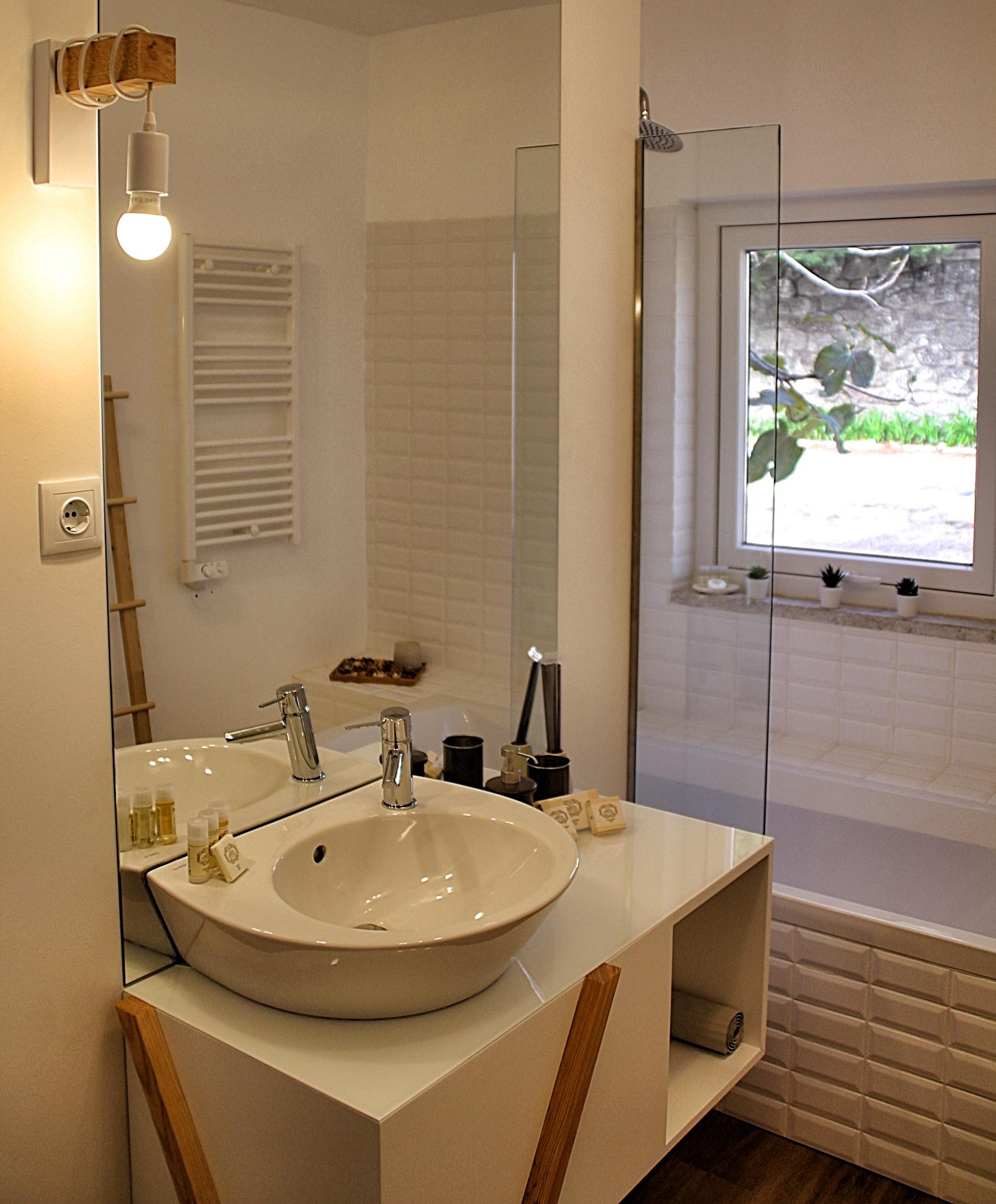 Casa de banho ampla