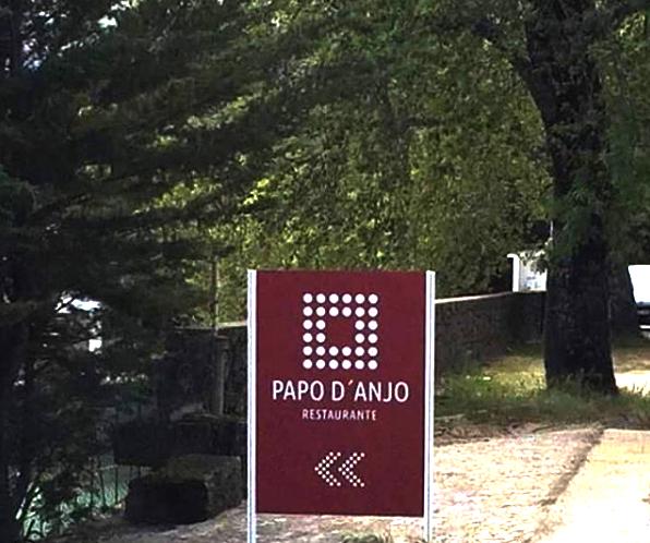 entrada na estrada N18_Restaurante Papo