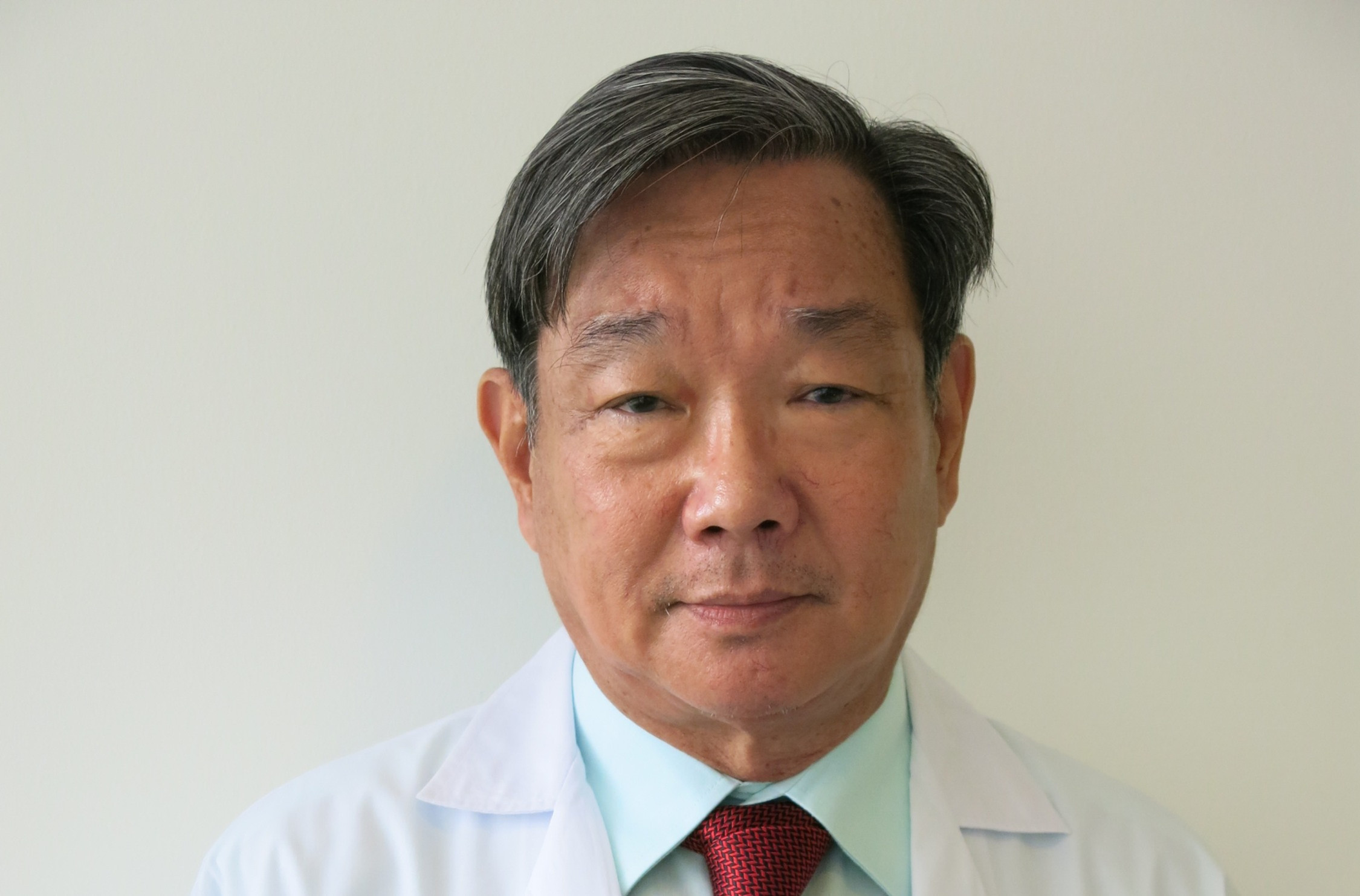 Free Consult with Dr.Viroj