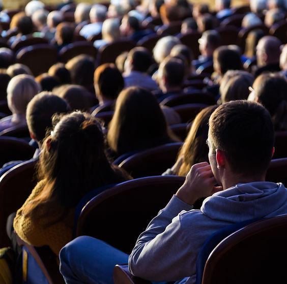 Zuschauer der Freilichtspiele Gemünden