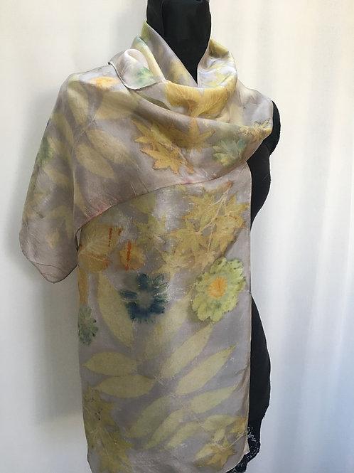 Silk Scarf H14-204 Oak gall & daisy