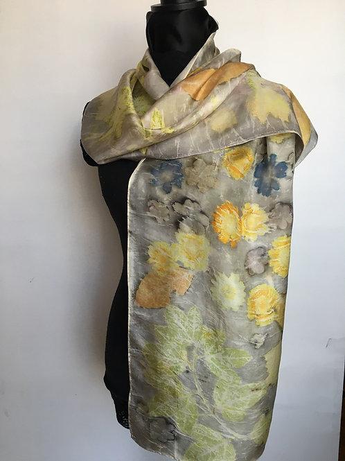 Silk Scarf H14-169 Oak gall & daisy