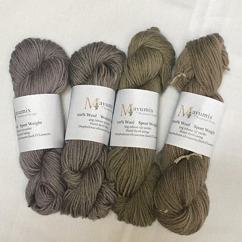 Mushroom dyed 100% sport weight wool -Coral grey