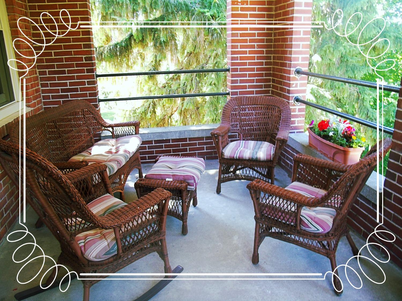 Retreat Center: Balcony
