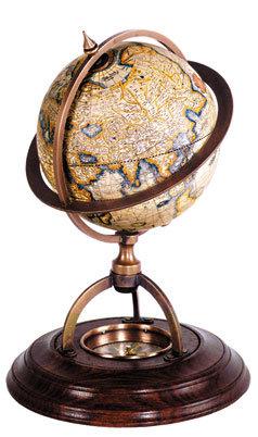 Piccolo globo terrestre da tavolo con bussola