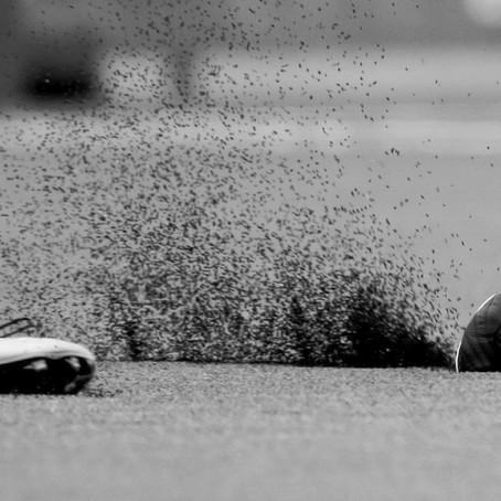 VOETBALBLESSURES: GRAS VS KUNSTGRAS