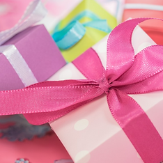gifts - pink bow.png