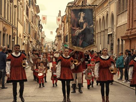 IL PALIO DI SAN FLORIANO: il medioevo rivive nelle Marche