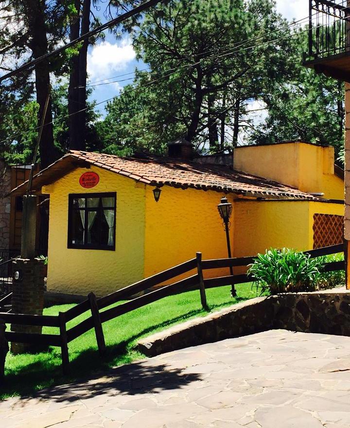 ¡Hermosa cabaña! En Lomas Verdes Ksita, en Venta $2,500,000
