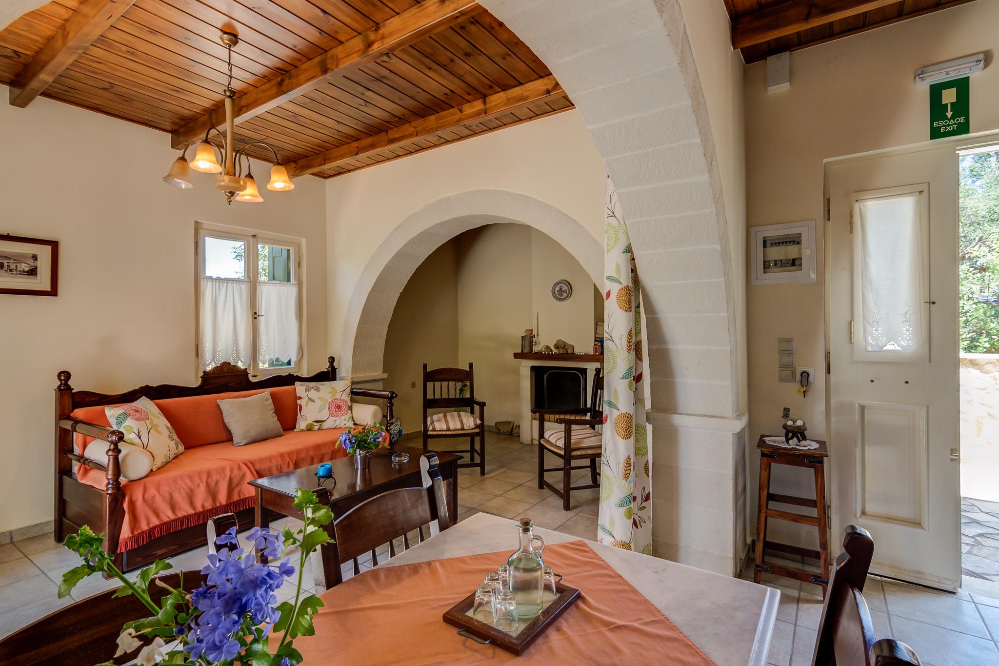 Helianthos Villas