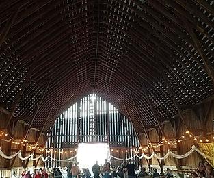 Beautiful Barn for an Amazing Wedding