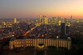 J. O. Immobilien Verwaltung Skyline 4_be