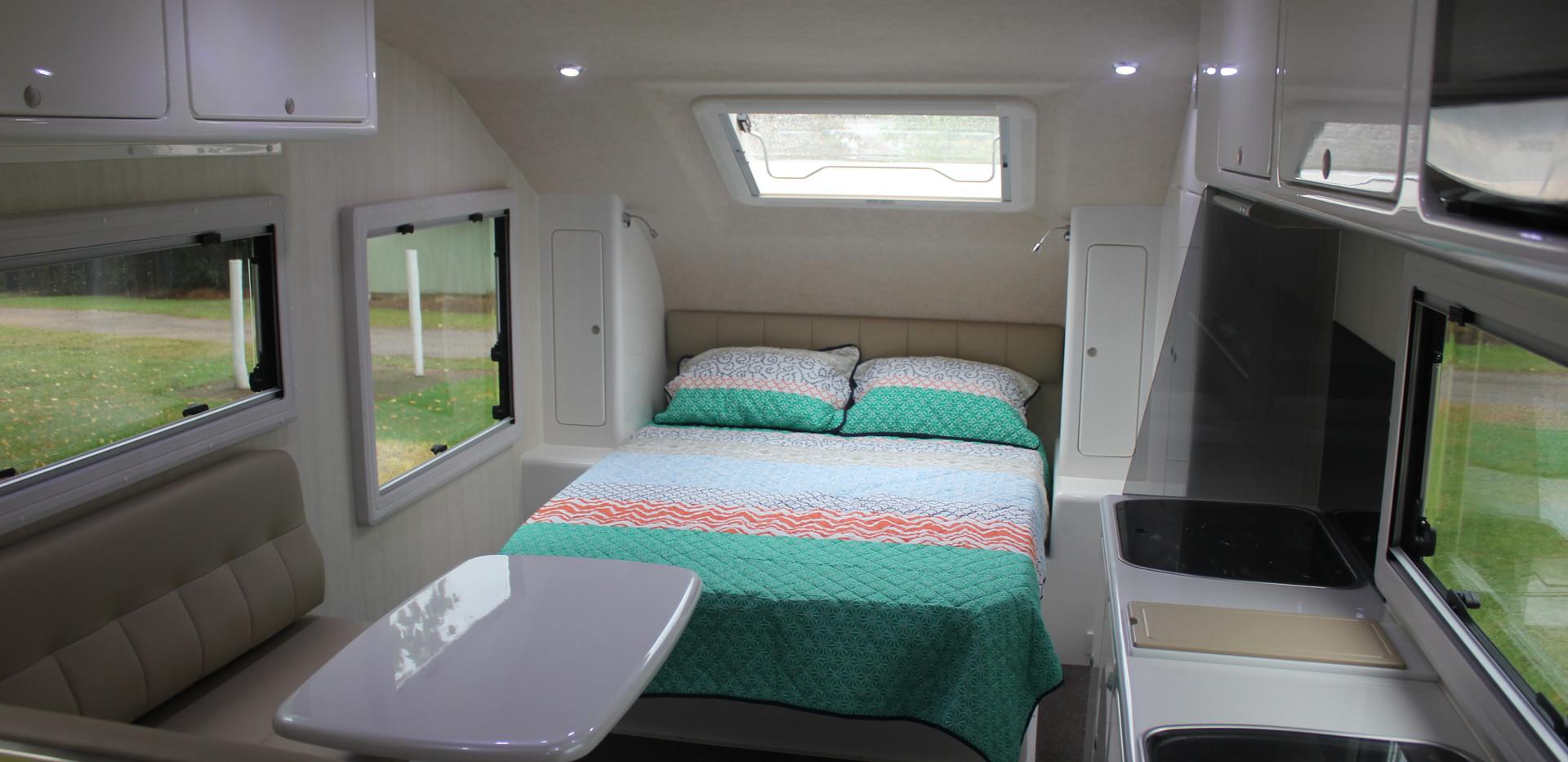 Karavané Double Bed