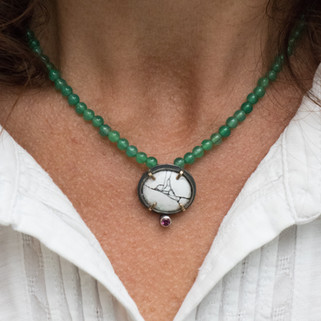 Green Aventurine Carbilly Locket Necklace