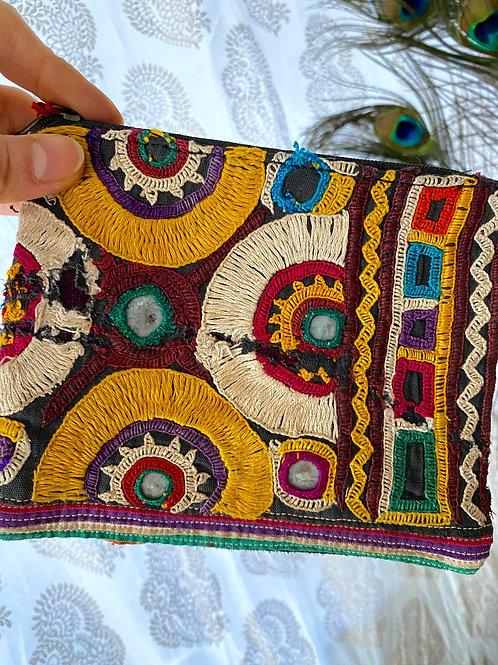 ミニ刺繍ポーチ(バンジャラ)